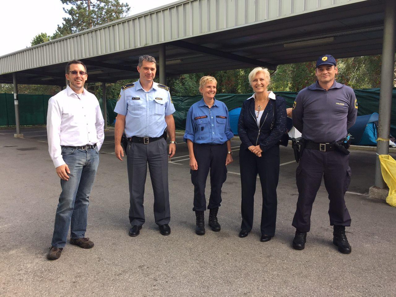 Foto_-_Brezice_Police_Reception_Registeration_with_German_Embassador
